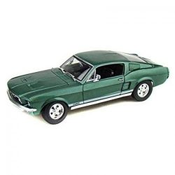 Maisto 1967 Ford Mustang GTA Fastback 1 18 Scale Diecast Model
